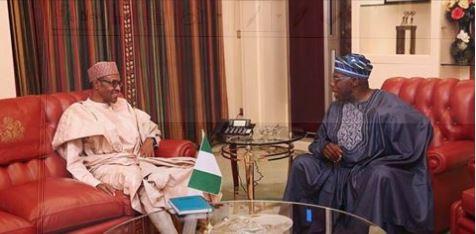 Muhammadu Buhari (L) and Olusegun Obasanjo
