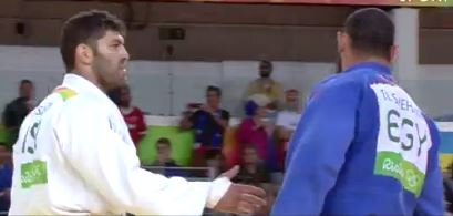 Rio 2016 Olympics: Egyptian judoka Islam El Shehaby (R) refused to shake the hand of Israeli opponent Or Sasson (R) after their bout
