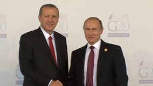 Turkey's Recep Tayyip Erdogan (L) and Vladimir Putin at the G20 summit, November 2015
