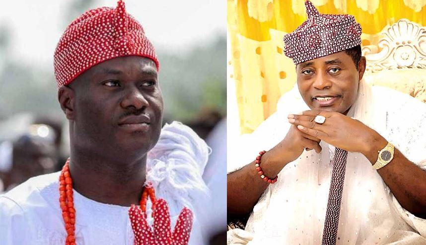Ooni of Ife, Oba Adeyeye Enitan Ogunwusi Ojaja II (L) and Olugbo of Ugbo, Fredrick Obateru Akinruntan