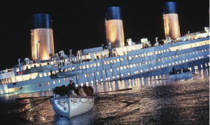 Titanic sinks and some people escape in lifeboats in a still from the film Titanic. Photo: VCG / Global Times