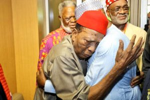 Eminent constitutional lawyer Prof Ben Nwabueze and Atiku Abubakar warmly embrace each other during the Summit in Enugu, 14.11.2018