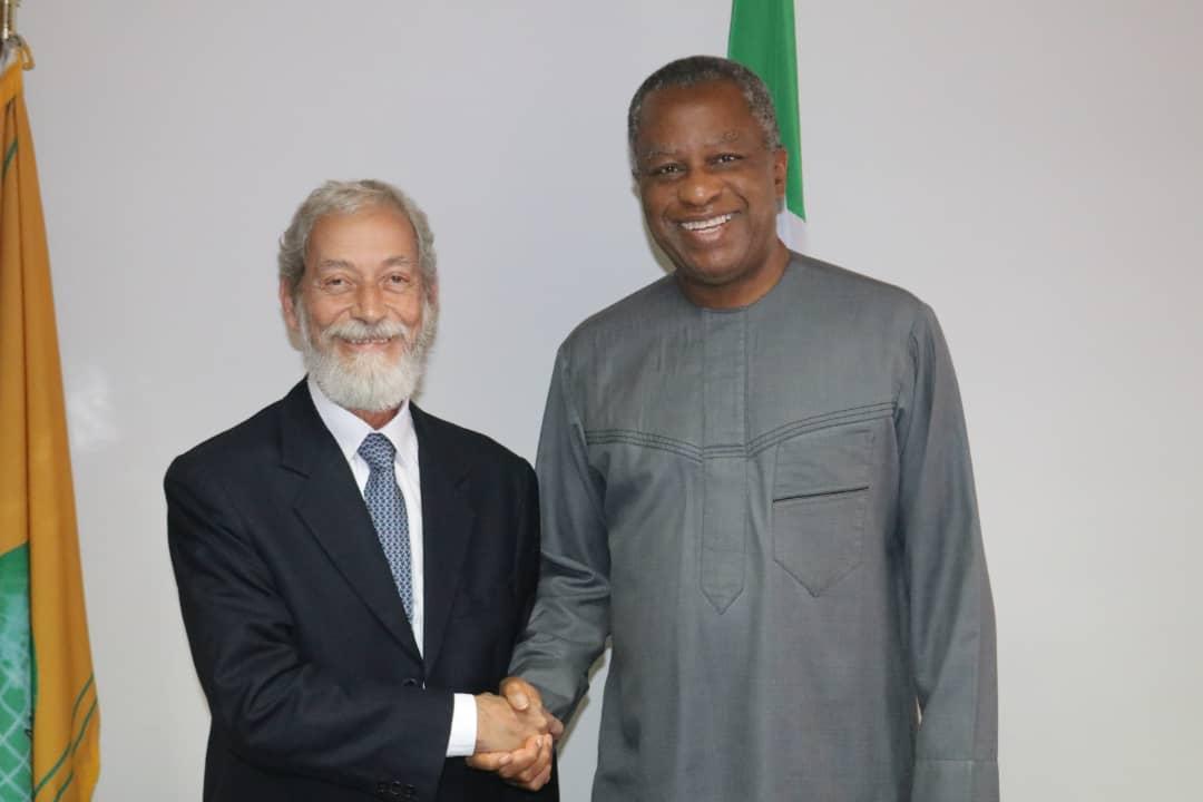 José Viegas Filho (L) and Geoffrey Onyema