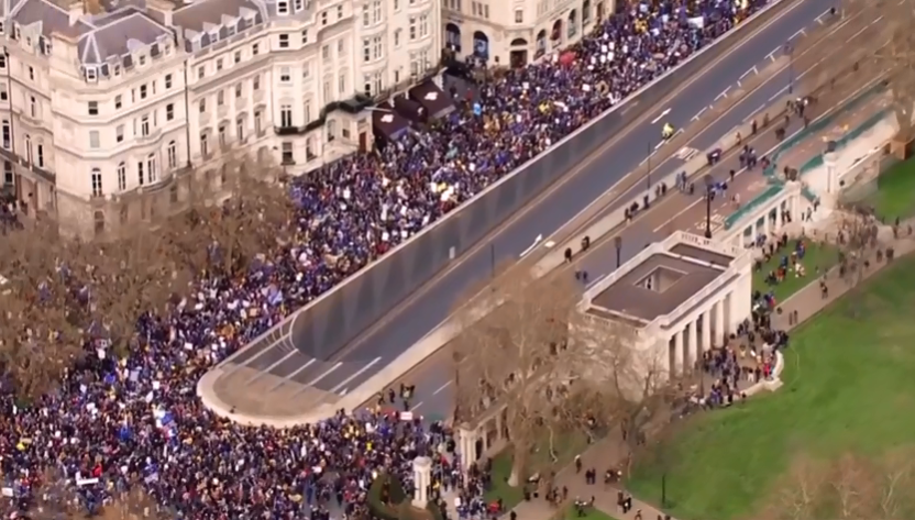 Many people marching in London against Brexit, 23 March 2019
