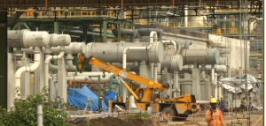 Dangote's $15 billion oil refinery