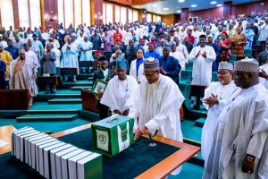 Nigerian President Buhari presents N10.33 trillion appropriation bill to National Assembly, 8.10.2019 (Image credit: Voice of Nigeria)