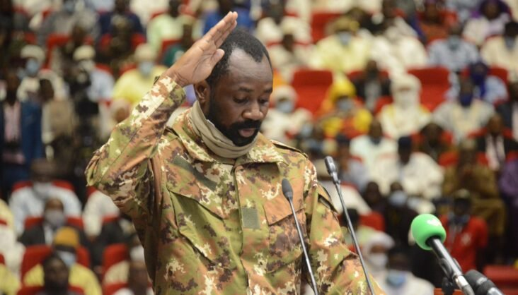 Colonel Assimi Goita is sworn in as Mali's transitional vice president in Bamako, Mali, Sept. 25, 2020. (Photo by Habib Kouyate/Xinhua)